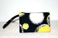 Radiant Circles Design of Yellow Black White by MeeMawsBags