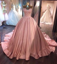 Unique Lace Appliques Taffeta Ball Gowns Wedding Dress Pink