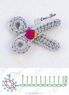Crochet Hook Case, Crochet Keychain, Thread Crochet, Crochet Stitches, Crochet Hooks, Crochet Flower Tutorial, Crochet Flower Patterns, Crochet Flowers, Crochet Diagram