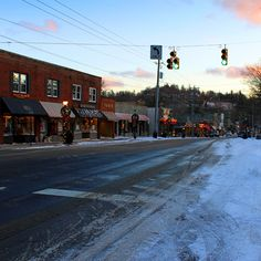 #America's Favorite Towns: Corning, Blowing Rock #TLPlaces