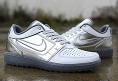 Nike Trainer Clean Sweep QS Metallic Silver