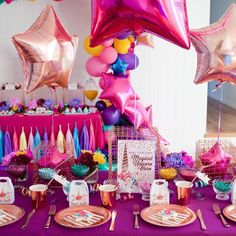 Gorgeous table styling by Alicia from @perfectlysweetlolliebuffet for @lifeslittlecelebrations. Tassels from us @partyponypinata