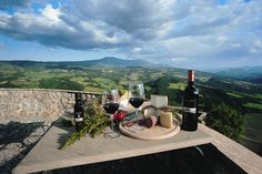 Dining - Castello Di Velona, Montalcino, Italy - http://www.castellodivelona.it/
