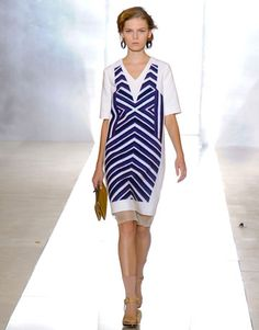 Marni spring 2012 - The best looks were the simplest, with gentle V necks and graphic prints