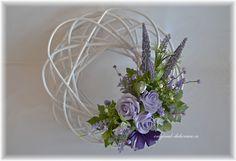 DEKORACE | Fialové | Věnec, ratan, bílá patina - fialové růže, levandule (velký) | Originální dekorace, bytové doplňky a dárky ve stylu Provence - velkoobchod, maloobchod a e-shop.