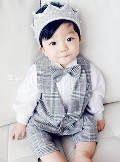 kawaii Bebe Mamang 可愛い ღ LimWooJoo Cute Asian Babies, Korean Babies, Asian Kids, Cute Babies, Baby Kids, Baby Boy, Ulzzang Kids, Kim Jisoo, Girls Summer Outfits