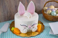 Decora este increíble pastel para pascua o para un bautizo o fiesta de tu peque. Es muy fácil y lúce muchísimo.No esperes más e inténtalo.