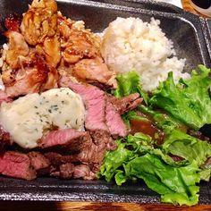 これめっちゃうまい😋安いし、早いし、うまいし、最高💯ビーフとチキンのコンボ✨ #hawaii #waikiki #フードパントリー #クヒオ通り #ハイステーキ #Hi-steaks #肉 #プレートランチ