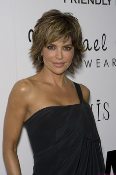 Lisa Rinna Hairstyles 2014 Favorable
