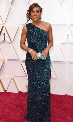 Oscars 2020 Red Carpet Fashion: See Celeb Dresses, Gowns Celebrity Dresses, Celebrity Style, Robin Roberts, Strapless Dress Formal, Formal Dresses, Dior Haute Couture, Oscar Dresses, Old Hollywood Glamour, Oscars