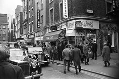 026801 07 by Nick DeWolf Photo Archive, via Flickr Carnaby Street, Piccadilly Circus, River Thames, Old London, London Travel, Photo Archive, Business Travel, Nostalgia, Street View