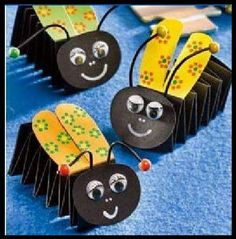 Accordion Animals Crafts for Kids - Preschool and Kindergarten Kids Crafts, Craft Activities For Kids, Summer Crafts, Easy Crafts, Diy And Crafts, Craft Projects, Arts And Crafts, Paper Crafts, Childcare Activities