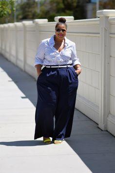 black women curves n combatboots Plus Size Fashion Blog, Plus Size Fashion For Women, Curvy Fashion, Plus Size Women, Girl Fashion, Plus Fashion, Womens Fashion, Fashion Edgy, Fashion Shoot
