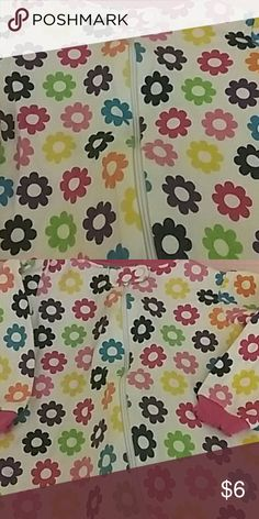 FLOWER POWER INFANT GIRLS SLEEPER WITH LOTS OF COLOR VERY BRIGHT AND CHEERFUL GREAT CONDITION  SIZE 3-6 MONTHS Faded Glory Other