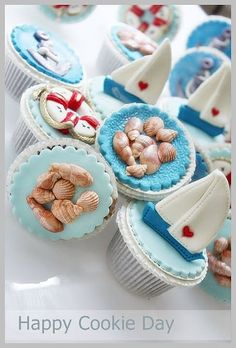 Nautical cupcakes. Would be great for Father's Day.