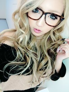 hipster gyaru. japan, is there ANYTHING you haven't beaten us to?!