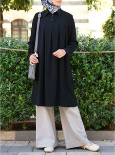 Women's Islamic Clothing: New Summer Collection Hijab Fashion Summer, Abaya Fashion, Modest Fashion, Fashion Outfits, Girls Dresses Sewing, Modest Dresses, Islamic Fashion, Muslim Fashion, Pakistani Dresses Casual