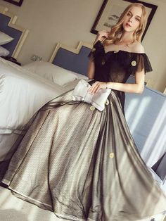 Chic Black Prom Dress A-line Scoop Tulle Applique Long Prom Dress Party Dress AM955