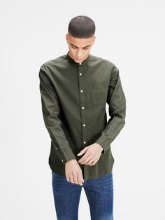 Shop Kevin Mao Band Collar Shirt By Jack Jones Premium in different color and style at Spirit Clothing. Denim Button Up, Button Up Shirts, Spirit Clothing, Banded Collar Shirts, Jack Jones, Casual Shirts For Men, Chambray, Long Sleeve Shirts, Shirt Dress