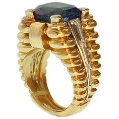 Van Cleef & Arpels - Superb Retro Sapphire set Gold Ring by Van Cleef & Arpels,Paris.