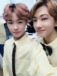 from the story Listen *chensung* by Kay-bb (Kay_bb) with 628 reads. I'm fricken dry on chensung photo's also I'm gonna d. Jisung Nct, K Pop, Nct Chenle, Johnny Seo, Sm Rookies, Nct Taeyong, Na Jaemin, Ji Sung, Winwin