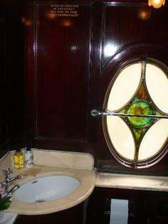 Venice Simplon Orient Express - basin in cabin