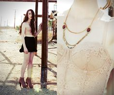 Nude+black+gold (by Haley G) http://lookbook.nu/look/3455249-nude-black-gold