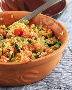 Sałatka z soczewicą i cukinią, 1 Snack Recipes, Healthy Recipes, Snacks, Fried Rice, Guacamole, Salads, Food And Drink, Lunch, Meals