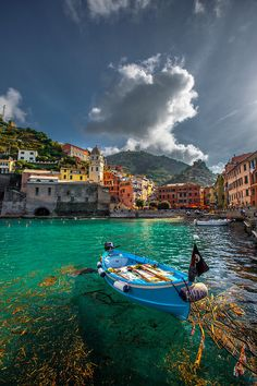 Can you imagine a better view? Visit Cinque Terre, Italy for breathless panoramics wherever you go. #TravelFaves