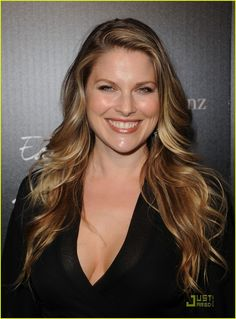 Splendid paragon of beauty Ali Larter . In Larter was named Cosmopolitan magazine's Fun Fearless Female of the year at a ceremony held in Beverly Hills Ali Larter, Glamour Magazine, Star Wars, Female Actresses, Fashion Tv, Gal Gadot, Up Girl, Celebrity Hairstyles, Hollywood Actresses
