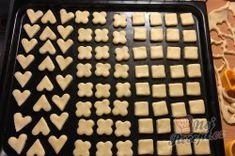 Fantastické mini šlehačkové cukroví | NejRecept.cz Mini, Food, Recipes, Whipped Cream, Essen, Meals, Yemek, Eten