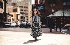 Three Trends Two Ways: @Darlene C of Glitterary // maxi dresses & skirts // floral print // denim jacket // wedge sandal // photography by Glitterary