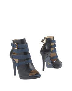 TRUSSARDI JEANS . #trussardijeans #shoes #