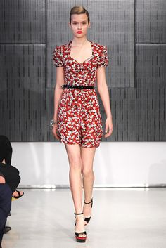 See the complete Saint Laurent Resort 2012 collection.