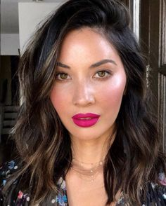 DEBORAHPRAHA ♥️ Olivia Munn wearing pink lipstick and messy beachy waves hair style Pink Lipstick Makeup, Hot Pink Lipsticks, Hair Makeup, Matte Lipstick, Lipstick Shades, Maybelline Lipstick, Eye Makeup, Bright Pink Lips, Makeup Looks