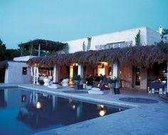 La maison de Consuelo Castiglione, créatrice de Marni, à Formentera © Julien Oppenheim  (AD n°85 juillet-août 2009)