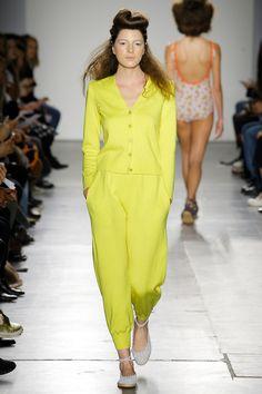 A Détacher Fall 2017 Ready-to-Wear Collection Photos - Vogue
