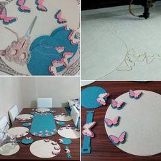 Kelebekler uçuşmaya başladı kafamda :) Yoruldum ama deydi güzel bi servis takımı oldu iyi günlerde kullan gizemcim.. Felt Crafts Diy, New Crafts, Diy Home Crafts, Crafts To Sell, Felt Coasters, Dresden Plate, Baby Album, Baby Pillows, Mug Rugs