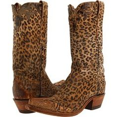 Lucchese Old Tan Leopard Boots! Leopard ♥er LOVES these babies! Fashion Art, Look Fashion, Cowgirl Chic, Cowgirl Boots, Cowgirl Style, Western Boots, Stilettos, High Heels, Moda Animal Print