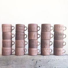 Working slow these past days, but things are starting to stack up. #mugs #texture Pottery Mugs, Ceramic Pottery, Pottery Ideas, Pottery Handbuilding, Clay Texture, Tea Bowls, Soup Bowls, Clay Mugs, Pottery Techniques