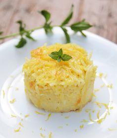 Budinca de paste cu branza - Bucataria Romaneasca Paste, Dessert Recipes, Desserts, Cabbage, Vegetables, Food, Tailgate Desserts, Deserts, Essen