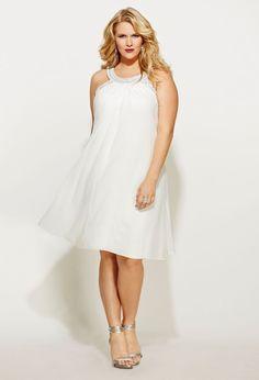 Beautiful plus in white ❤!