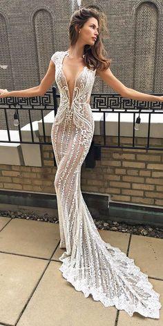 Designer laces sexy wedding dress