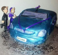 Car wedding cake