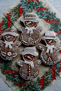 ИМБИРНЫЕ ПРЯНИКИ Christmas Gingerbread House, Rustic Christmas, Christmas Cookies, Snowman Cookies, Gingerbread Cookies, Cake Models, Desserts With Biscuits, Cookie Frosting, Ginger Bread