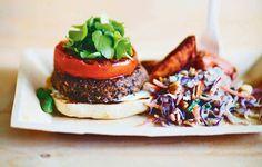 Mustapapuburgerit ja vegaaninen coleslaw - Reseptit - Helsingin Sanomat