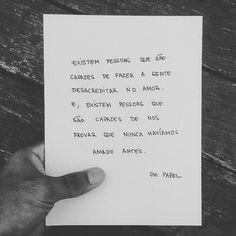 "12 Gostos, 1 Comentários - Joana Azevedo (@joanallazevedo) no Instagram: ""👌🙏 #GN #planodevida #lifegoals #wordstoliveby"" Sad Pictures, Motivational Phrases, Life Goes On, English Quotes, Some Words, Just Love, Sentences, Texts, Love Quotes"
