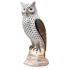 """Herend Hand Painted Porcelain Figurine """"Owl on Branch"""" Black Fishnet Gold Accents."""