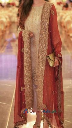 Snap Shots Fancy Designer Wedding Dresses Made On Order in Lahore Pakistani Party Wear Dresses, Beautiful Pakistani Dresses, Desi Wedding Dresses, Shadi Dresses, Pakistani Wedding Outfits, Designer Party Wear Dresses, Pakistani Dress Design, Indian Designer Outfits, Bridal Outfits