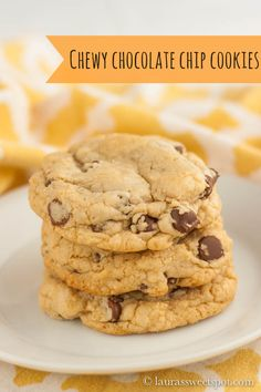 """Alton Brown's """"The Chewy""""! They really are the epitome of CHEWY Chocolate Chip Cookies! Alton Brown The Chewy, Good Eats Alton Brown, Yummy Cookies, No Flour Cookies, Homemade Cookies, Chewy Chocolate Chip Cookies, Chocolate Cake, Chocolate Chips, Brown Recipe"""